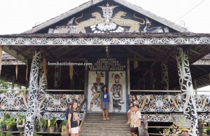traditional, village, indigenous, culture, adventure, backpackers, Kalimantan Utara, suku dayak kenyah, sculptures, native, tribal, tourist attraction, travel guide, transborder, 婆罗洲原著民, 旅游景点