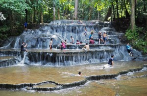 Cascade, nature, exploration, backpackers, Borneo, Indonesia, Mentarang, Desa Paking, hidden paradise, family holiday, Tourism, tourist attraction, travel guide, Transborneo, 北加里曼丹, 婆罗洲旅游景点