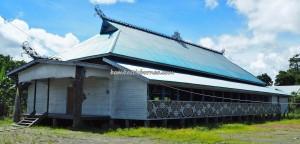 Suku Dayak Kenyah, authentic, traditional, culture, destination, Borneo, Indonesia, Desa Tanjung Keranjang, native, tribe, Obyek wisata, Tourism, travel guide, crossborder, 北加里曼丹, 旅游景点