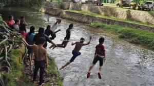 Air Terjun, hotspring, adventure, nature, outdoor, Borneo, Kalimantan Utara, Mentarang, Obyek wisata, Tourism, tourist attraction, travel guide, transborder, 北加里曼丹, 婆罗洲旅游景点