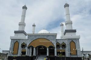 Islamic Center Nunukan, mosque, backpackers, destination, Borneo, Pulau, Island, exploration, Obyek wisata, Tourism, tourist attraction, travel guide, Transborneo, 北加里曼丹, 婆罗洲旅游景点