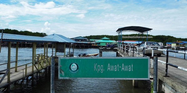 Malay, fishing village, floating house, authentic, traditional, backpackers, destination, Borneo, Tourism, tourist attraction, travel guide, transborder, Ikan Tahai, seafood, smoked fish, 老越砂拉越,
