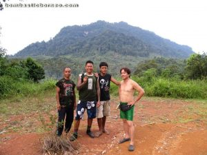 trans border, kampung mangkau, kampung tepoi, Borneo, Malaysia, Kalimantan, Indonesia, Sarawak, kuching, People, dayak, native, land, orang asli, indigenous, village, Bidayuh, Nature, authentic, adventure, trekking, outdoor, sekayam river, jungle, rainforest