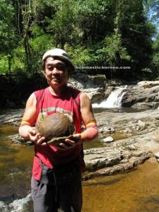 adventure, Bau, Borneo, fishing, hiking, jungle, kampung tringgus, leech, nature, outdoor, Sarawak, trekking, Waterfall, Malaysia, rainforest, dayak bidayuh, Kuching