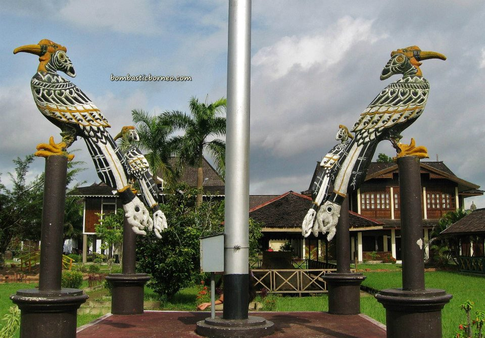 Kalimantan Barat, West Kalimantan, Indonesia, agro, aloe vera, beads, Borneo, fishing, gado gado, Kapuas river, museum, outdoor, swiflet farm, theme park, sungai Kapuas,