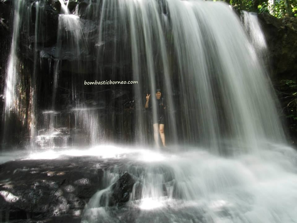 adventure, air terjun, authentic, Borneo, Iban Longhouse, gawai dayak, homestay, indigenous, Malaysia, native, nature, outdoor, rumah panjang, Sarawak, Sri Aman, tribal, tribe, village, Waterfall,