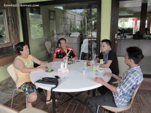 Coffee time at Hotel Lala Golden with Frans Wijaya, Aras & Ujang