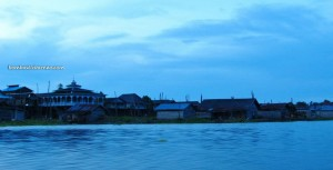 adventure, belian house, Borneo, bugis, Tanjung Jone, East Kalimantan, Fishing, hard wood, homestay, Indonesia, Kalimantan Timur, lake, Mahakam river, outdoor, Tanjung Isuy, village