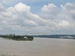Kutai Kartanegara, Indonesia, Balikpapan, adventure, Borneo, Dayak, East Kalimantan Timur, Mahakam river, coal, Lembu Suana, Pulau Kumala, Tenggarong waterfront,