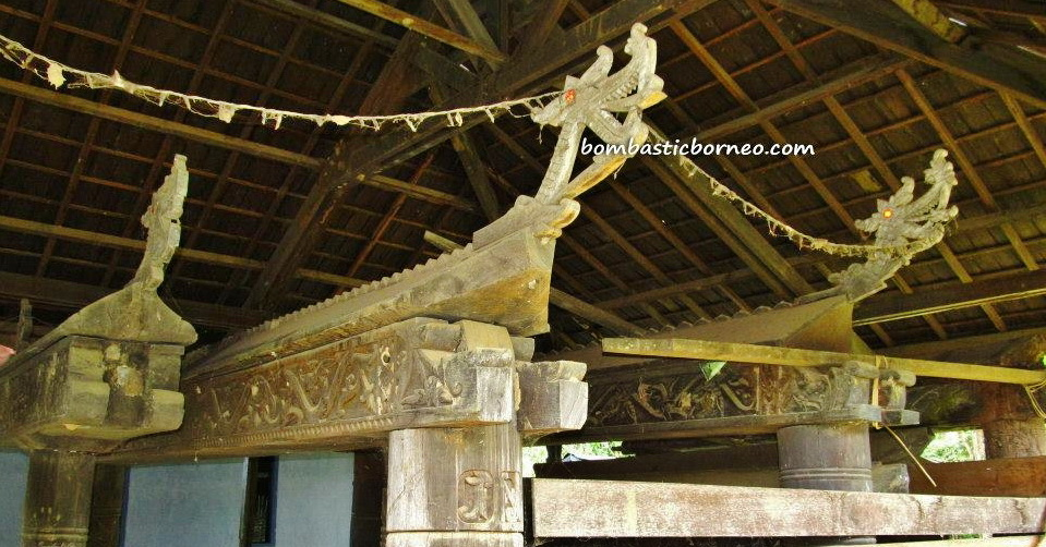 West Kutai Barat, Damai, Kwangkay, tempelag, coffin, Sendawar, Lamin, adventure, Borneo, Indigenous Dayak Benuaq, East Kalimantan, hard wood, traditional longhouse homestay, Indonesia, Kalimantan Timur, outdoor, village, Statue carving, sculptures,