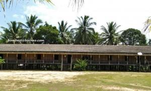 Lamin, adventure, Borneo, Indigenous Dayak Benuaq, East Kalimantan, hard wood, traditional longhouse homestay, Indonesia, Kalimantan Timur, outdoor, village, Statue carving, patung, sculptures,