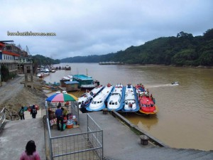 adventure, Borneo, Ethnic, Iban, indigenous, Kapit, longhouse, malaysia, native, nature, outdoors, longest Rajang river, Sarawak, sea dayak, Sibu, Song, town, headhunter