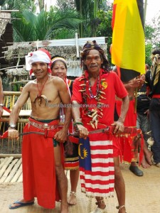authentic, baruk, bengkayang, Bidayuh, Borneo, copper ring lady, cultural dance, dayak, dusun, Ethnic, Gawai harvest festival, indigenous, indonesia, Kalimantan Barat, Kampung Gumbang, native, ritual, Siding, traditional, tribal, tribe, village, west kalimantan, Mount Sinjang, Sekayam River