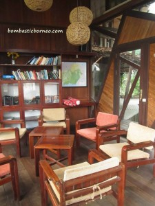 accommodation, Bed and Breakfast, Borneo, Central Kalimantan Tengah, homestay, hotel, indonesia, jungle stay, resort, Wisma, Swimming pool,