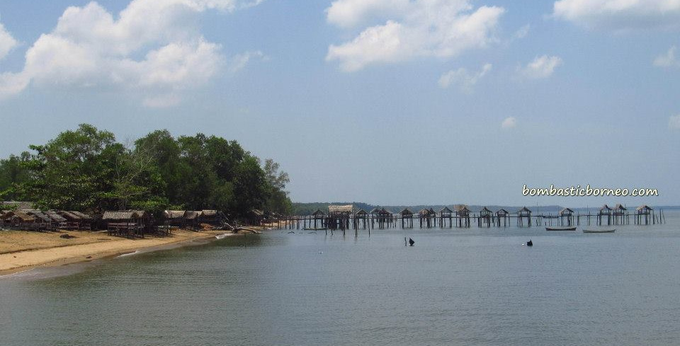 bike ride, Borneo, clams, indonesia, Jembatan Pawan, kota kayong, Obyek wisata, Pantai Air Mata Permai, beach, Pawan Bridge, Pawan river, west kalimantan Barat,