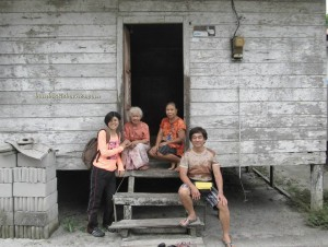 ancestral bone house, bike ride, Kalimantan Tengah, culture, Indonesia, Kahayan River, Obyek wisata, Palangka Raya, Pasah Patahu, Pulang Pisau, Sandung, Tiwah, Tomb