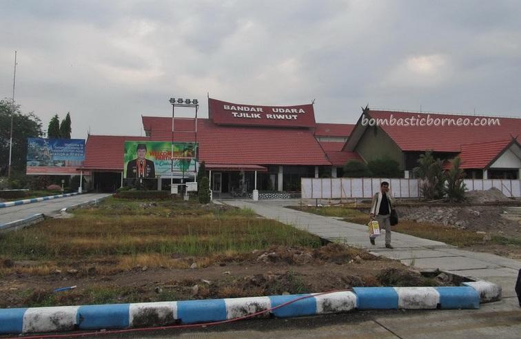 Borneo, culture, Central Kalimantan Tengah, Obyek wisata, Panarung Airport, Transportation, Useful information, Surabaya, Dayak Ngaju, Balikpapan, Sandung, Jakarta, orang utan, National Park, adventure, outdoor,