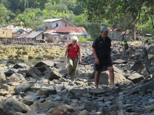adventure, beach, bengkayang, clove, fishing village, West Kalimantan Barat, malay homestay, nature, nemo, Obyek wisata, outdoor, pantai, Randayan Island, Sungai Raya Kepulauan, Singkawang, Batu Bedaon, Melanau Timur, Trekking, Nutmeg,