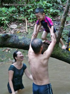 Bengoh Dam, adventure, authentic, indigenous, Kampung Ayun, Kuching, Malaysia, native, nature, Non Government Organization, outdoors, Padawan, rural, seva, hiking, tribal, tribe, volunteer