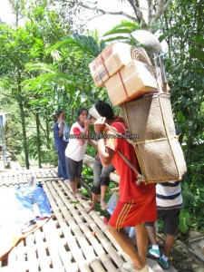 authentic, Community Service, dayak bidayuh, Dusun Gun Tembawang, Entikong, homestay, indigenous, indonesia, longhouse, medical service, native, Non Government Organization, pelayanan masyarakat, Sanggau, tribal, tribe, rural village, volunteer,