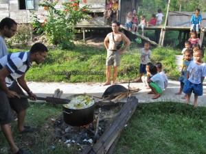 authentic, Borneo, charity, dayak bidayuh, Entikong, indigenous, longhouse homestay, medical seva, native, Non Profit Organization, orang asal, pelayanan masyarakat, rural village, Suruh Tembawang, traditional, tribal, tribe, volunteer,
