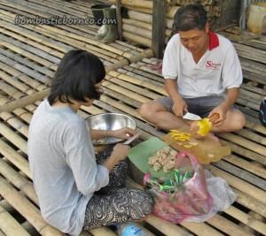 adventure, authentic, dayak bidayuh, Dusun Gun Tembawang, Entikong, homestay, indigenous, indonesia, longhouse, medical seva, native, Non Profit Organization, orang asli, pelayanan masyarakat, Sanggau, traditional, tribal, tribe, volunteer,