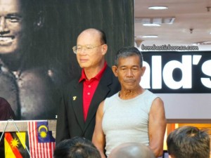 Bodybuilding, Borneo, contest, show, Sports, Health, master, Zulazman Mohamad Bujang, 健美运动, muscleman, 健美先生, 古晋, 沙捞越, 马来西亚,