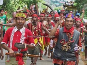 authentic, Dayak Bakati, Bengkayang culture, Gawai Padi, indigenous native, indonesia event, Nyabankng, Obyek wisata, paddy harvest festival, Riam Bakrim, rumah adat, spiritual, traditional, trekking, tribal, tribe, village, west kalimantan Barat,