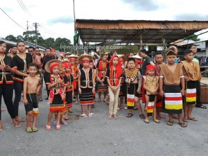 Ethnic, Gawai Padi Sawa, Kampung Taee, Kuching, land dayak, Malaysia culture, native, outdoors, paddy harvest festival, Sarawak event, Serian, thanksgiving, Tourism, tourist attraction destination, tourist guide, traditional, tribal, tribe,