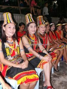 Bidayuh, culture, Dusun Mangkau, Kampung Sadir, land dayak, Nyaruok, outdoor, Padawan, paddy harvest, Sarawak Event, thanksgiving, traditional, tribal, tribe, village, Homestay, Kuching,