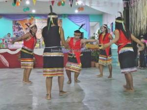 authentic, Dayak Bidayuh, culture, indigenous, indonesia, West Kalimantan Barat, Kampung Sadir, Malaysia, native, outdoor, Padawan, paddy harvest festival, Sarawak Event, thanksgiving, traditional dancing, tribal, tribe, homestay,
