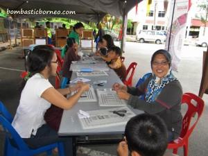 Bau, Blue Lake, Miniature boat race, Borneo, event, festival, Malaysia, outdoor, Tasik Biru, tourist attraction, travel guide, water sports,