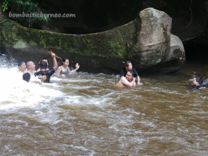 air terjun, authentic, Bengoh dam, Dayak Bidayuh, Highlands, hikers, hiking, homestay, jungle, Kampung Sting, Kuching, Malaysia, Padawan, rainforest, trekking, tribal, tribe, village,