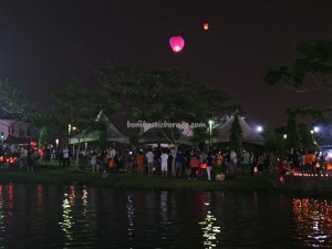 authentic, Borneo, chinese, culture, Ethnic, intercultural, Malaysia China Friendship Park, Mooncake Festival, outdoor, sky lantern, Taman Sahabat, traditional event, 中秋节, 孔明灯, 马中公园,