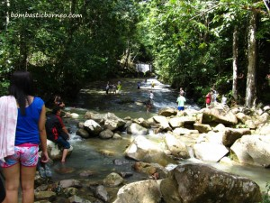 adventure, air terjun, Borneo, Ethnic, Iban homestay, indigenous, longhouse, malaysia, native, nature, outdoor, rumah panjang, sea dayak, Tourism, tourist attraction, trekking, tribal, tribe, village,