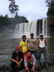 adventure, Borneo, dayak, Ethnic, indigenous, Indonesia, Dusun Perbuak, Kecamatan Air Besar, nature, Obyek wisata, outdoor, Sungai Landak river, bike ride, village, west kalimantan Barat,