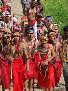 authentic village, ritual Ceremony, cultural tourism, dayak bidayuh, Desa Hli Buei, indigenous native, indonesia culture, Kampung Gumbang, Nibakng, outdoor, Rumah Adat Baluk, Sarawak, skull house, spiritual healing, traditional, tribal, tribe, wisata Budaya, gawai,