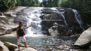 adventure, air terjun, Aruk, authentic village, Bakati Rara, Borneo, hiking, indigenous, indonesia, jungle, Kaliau, native, nature, outdoor, rainforest, Sajingan Besar, Suku Dayak, trekking, Waterfall,