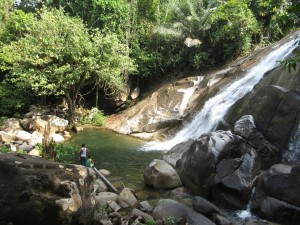 adventure, air terjun, Aruk, Bakati Rara, Borneo, hiking, Indonesia, jungle, Kaliau, nature, Obyek wisata alam, outdoor, rainforest, Suku Dayak Bakati, trekking, tribal, tribe, village, Waterfall,