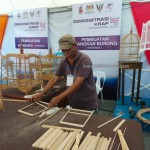 Borneo, Crafts, culture, dayak, Ethnic, Fiesta Makanan, Food festival, International Dragon Boat Regatta, Kraftangan, outdoors, Waterfront, tourism, tourist attraction, happening, bird cage, pembuatan,