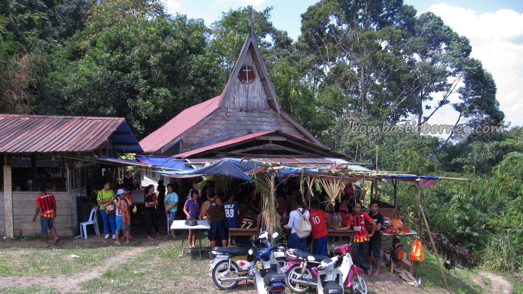 Bidayuh, Borneo, Christian, dayak, Ethnic, Dusun Gun Tembawang, homestay, indigenous, Kuching, malaysia, outdoors, events, Padawan, Kiding, football match, Semban, soccer,