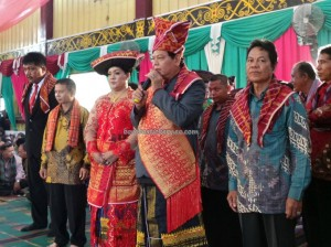 authentic, budaya, Ceremony, culture, Ethnic, event, indigenous, native, Parindu, perkawinan, Sanggau, Sumatra, traditional, tribal, tribe, upacara, wedding, Kalimantan Barat,