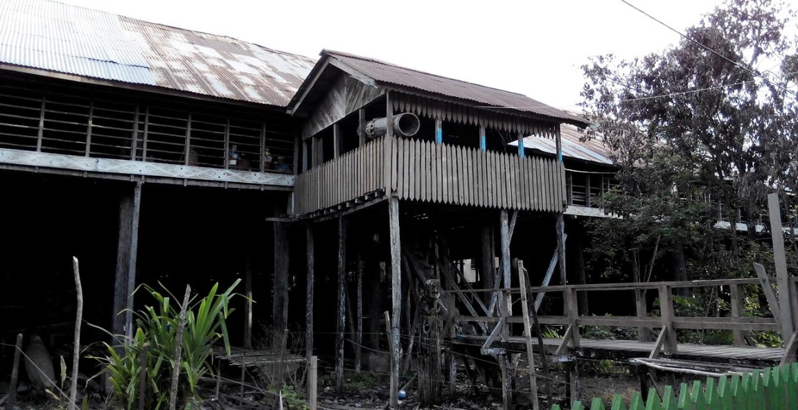 authentic village, culture, homestay, indigenous, West Kalimantan Barat, Borneo, Obyek wisata budaya, Putussibau Utara, Suku Dayak Kayan, Tourism, tourist attraction, traditional longhouse, travel guide, tribal, tribe,