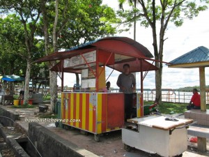 Mardiah Resort, Old airport, Pasar Malam, Tourism, tourist guide, wet market