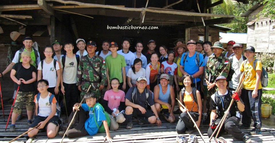 adventure, authentic, Borneo Highlands, crossborder, dayak bidayuh, hashers, indigenous, jungle trekking, Kampung Sapit, native, orang asal, outdoor, Sanggau, Sarawak, transborder, tribal, tribe, village