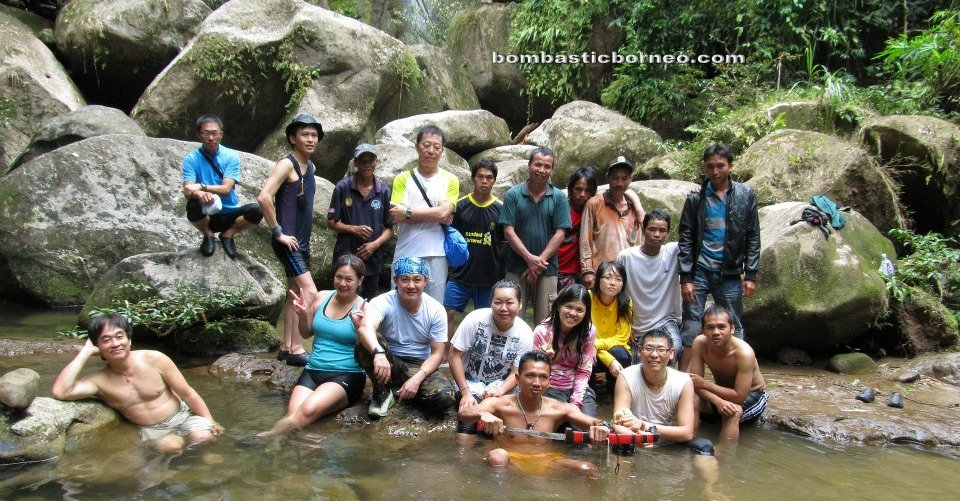 adventure, air terjun, authentic, crossborder, dayak bidayuh, Dusun Gun Tembawang, indigenous, native, orang asal, traditional, transborder, tribal, tribe, village, Trekking, nature,