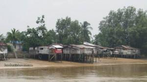Borneo, Community Service, Kapit, malaysia, medical seva, Non Profit Organization, outdoors, rural service, Sibu, Waterfront, speedboat, Sungai Rajang, town, Transportation, volunteer, 快艇,