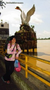 Borneo, charity, Community Service, malaysia, medical seva, Non Profit Organization, outdoors, rejang river, rural service, Waterfront, expressboat, town, Transportation, volunteer, Wharf Terminal, 快艇, 诗巫