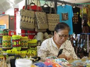 Borneo, charity, Community Service, medical seva, Non Government Organization, Rajang Esplanade Park, Rejang river, rural service, Dayak, Waterfront, town, Wisma Sanyan, 诗巫