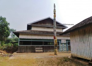 adventure, wisata budaya, culture, Suku Dayak Kayan, Ethnic, indigenous, indonesia, Makmur Jaya, native, tourism, tourist attraction, traditional, travel guide, tribal, Wahau, Balai Adat Luung Baun, customs hall,